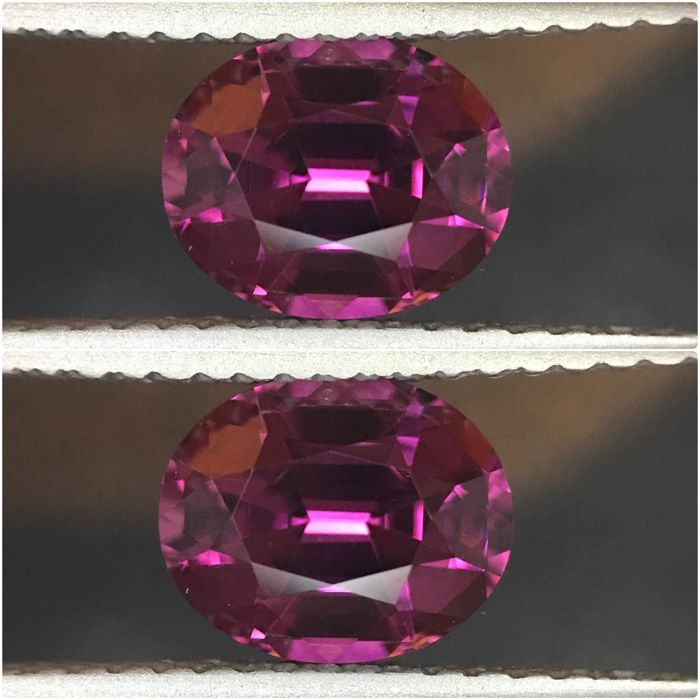 2 pcs Purple, Red Garnet - 2.97 ct