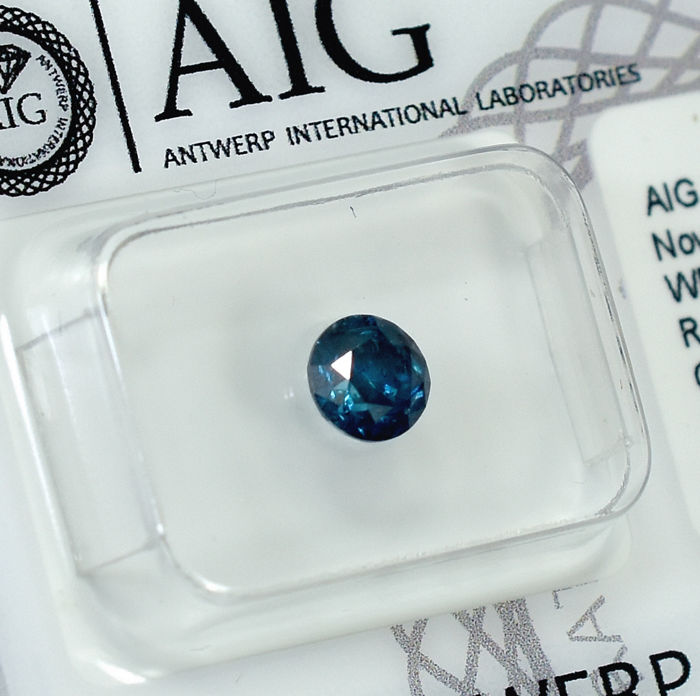 Diamond - 0.70 ct - Brilliant - Fancy Dark Blue (treated) - I3 - NO RESERVE PRICE