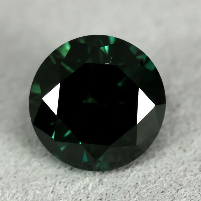 Diamond - 1.42 ct - Brilliant -  Fancy Deep Green (treated) - SI2