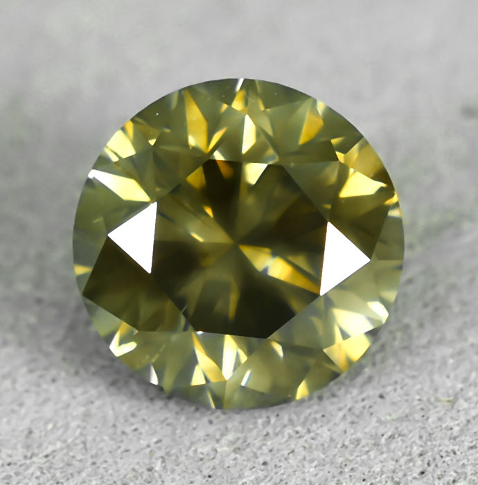 Diamond - 2.16 ct - Brilliant - Natural Fancy Yellowish Brown - I1