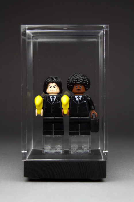 LEGO - MOC - 1/15 - Figure Banksy 'Pulp Fiction' by Eddy Plu - Catawiki