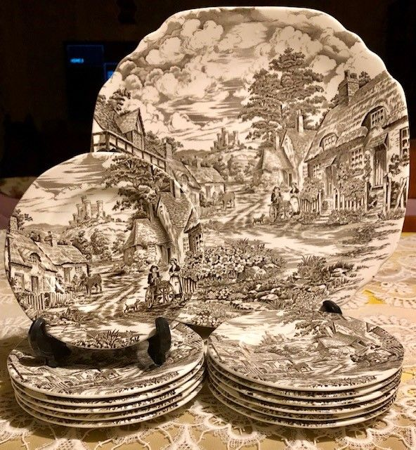 Enoch Wedgwood Old English Village Pastry Porcelain