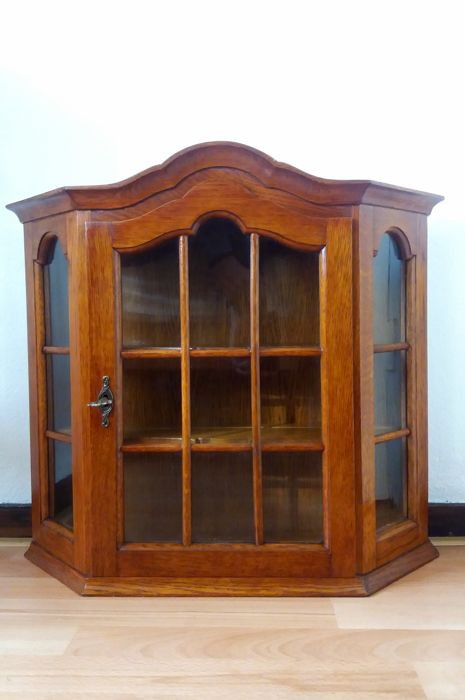 Charmant Hanging Display Cabinet With Key   2x Shelf   Wood