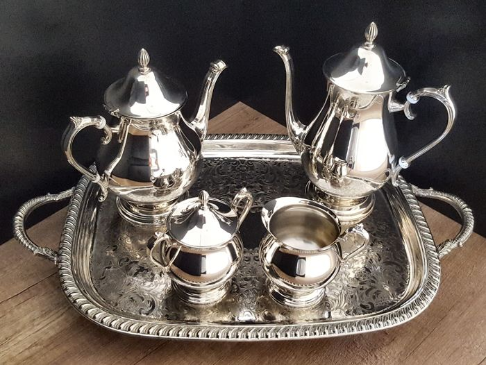 Coffee and tea service (1) - Silverplate - E.P.Brass-Viking Plate - Canada - 1950-1999