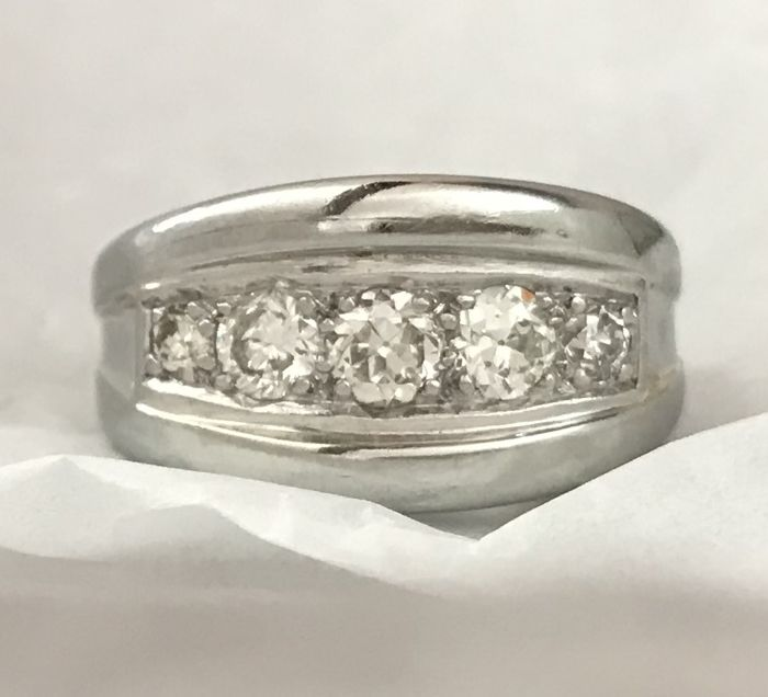 18 karaat Witgoud - Ring - 0.85 ct Diamant - Diamanten