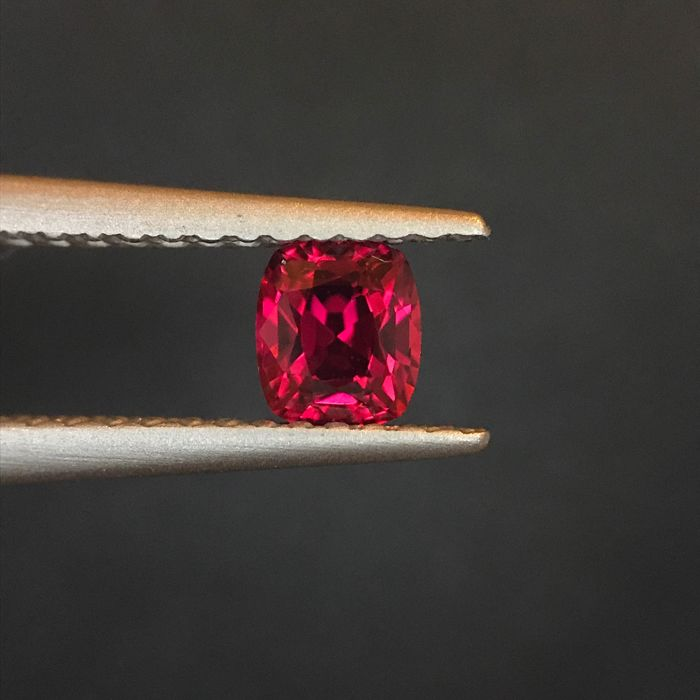 Red Spinel - 0.41 ct