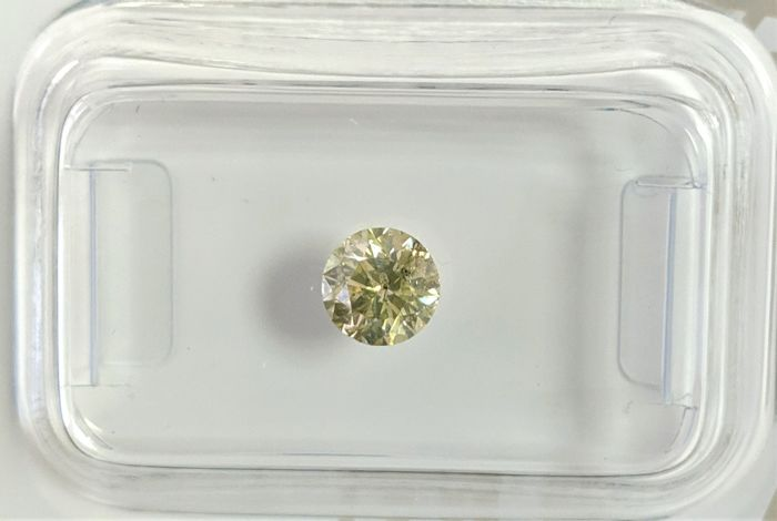 Diamond - 0.47 ct - Brilliant - fancy intens yellow green - No Reserve Price, SI2
