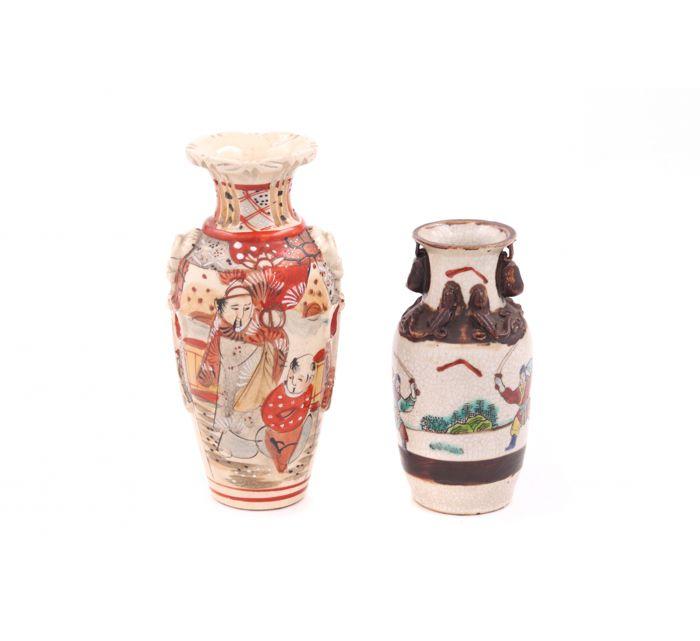Vases (2) - Ceramic - China and Japan - Second half 20th century