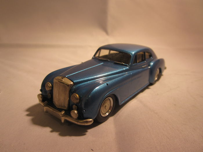 grand prix models - 1:43 - 1952 bentley continental - made in england