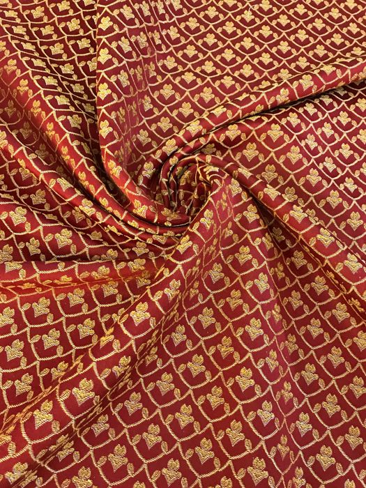 7.3sqm heavy burgundy damask fabric with gold decorations - Cotton