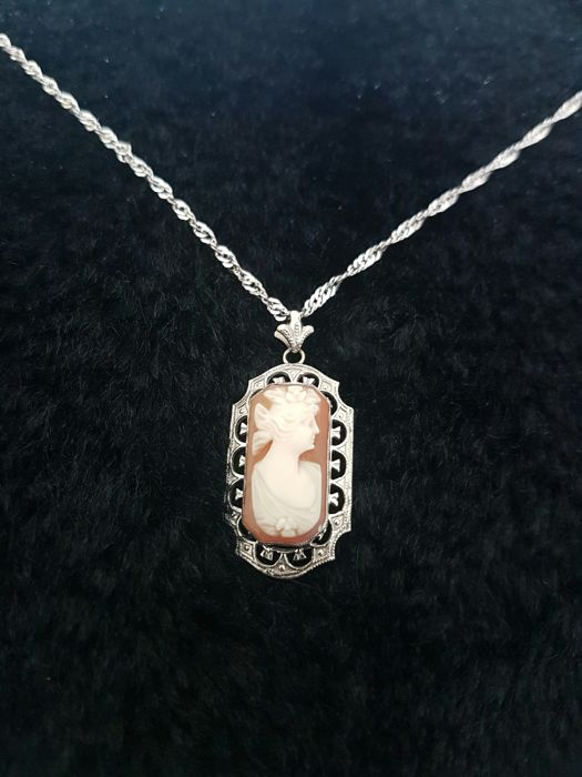 aurafin cameo - 14 kt. White gold - Necklace