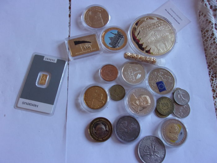 1 gramme gold & a lot of coins and medals  - Goud