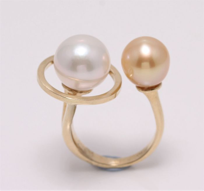 NO RESERVE PRICE - 14 karat Gult gull - 9,5 mm Golden South Sea Pearl - Ring