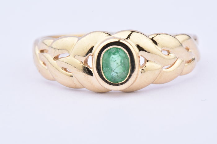 18 kt. Yellow gold - Ring - 0.06 ct Emerald