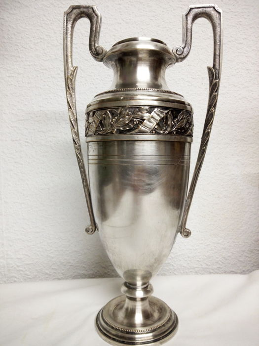 Large silver metal cup (1) - Silver plated - France - 1875-1899