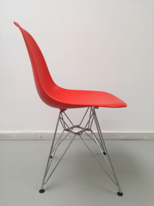 Charles & Ray Eames - Vitra - chair, type: DSR