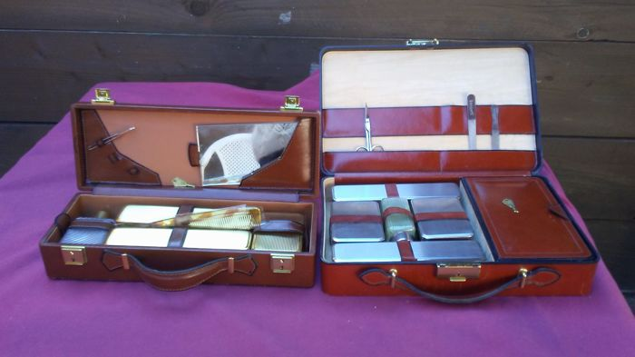 Two vintage men toilette sets in the own boxes (2) - Glass, Leather, Plastic Curio Curio for sale