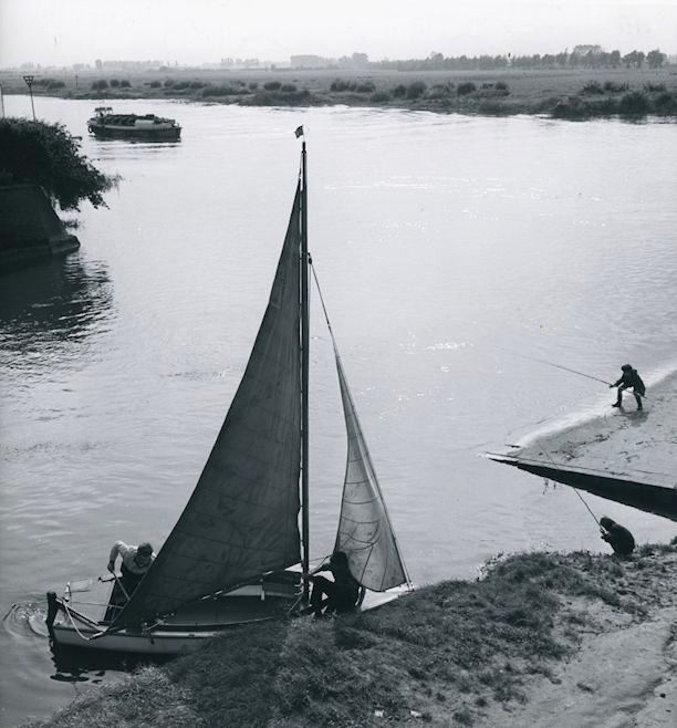 Kees Scherer (1920-1993) - River the IJssel - near Zutphen - 1957