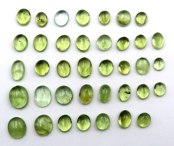 38 pcs  Peridot - 20.60 ct