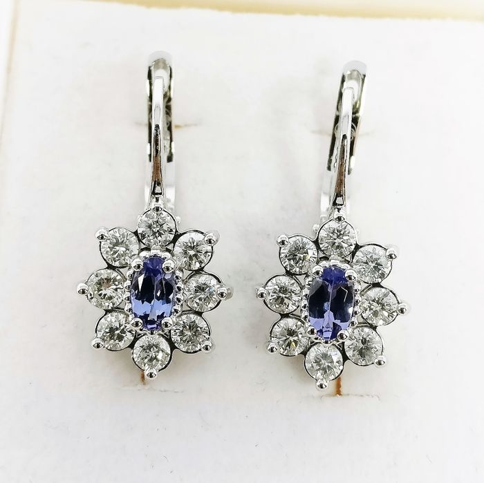 18 carats Or blanc - Boucles d'oreilles - 0.51 ct Tanzanite - Diamants