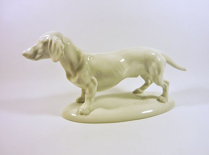 György Vastagh ( 1868 - 1946) - Herend - Art Deco Dachsund Dog Standing