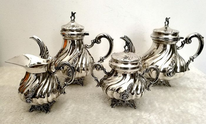 Elegant Complete Coffee / The 'Service in Italian Silver (4) - .800 zilver - Italië - Begin 20e eeuw