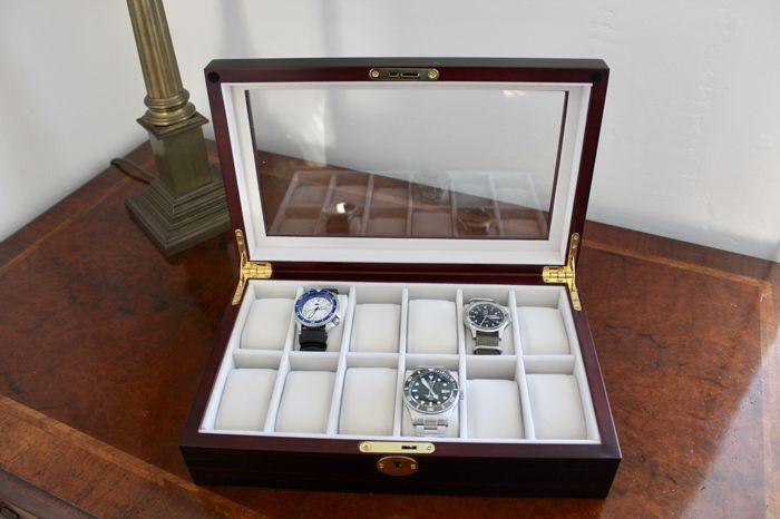 - - LUXURY EBONY COLOUR WATCH BOX - Holds 12 watches - Heren - 2011-heden