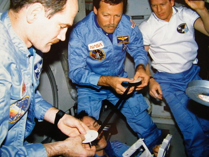 Vier foto's STS-27: Training en vlucht- NASA - Kodak Photo Paper