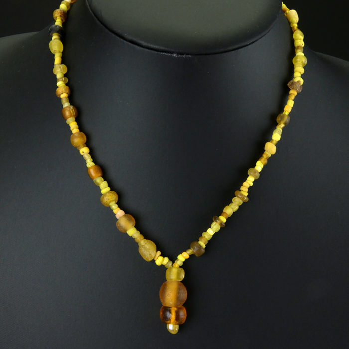 Ancient Roman Glass Necklace with yellow glass beads - (1)