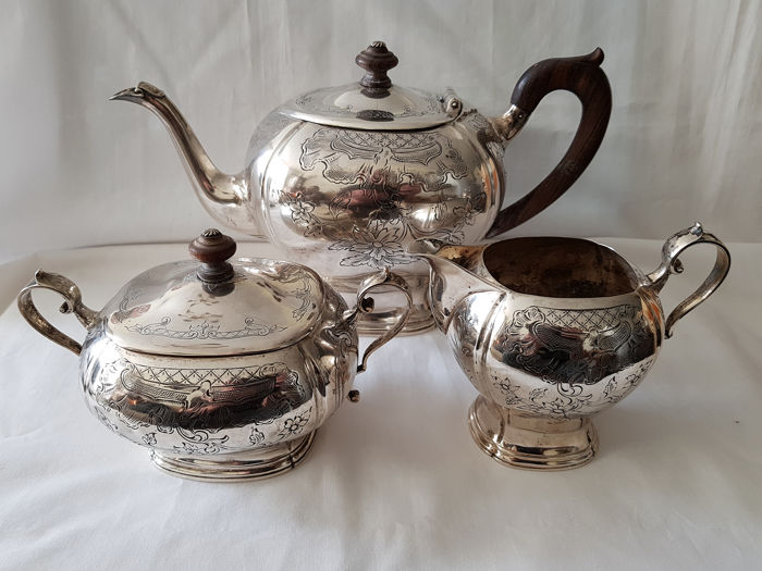 Heavy and very good in Biedemeier style tea set (3) - .833 zilver - Nederland - year letter 1959
