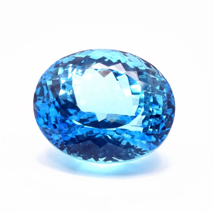 Intense Blue Topas - 60.09 ct