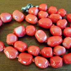 Coral (coloured) - necklace - 55×0×0 cm