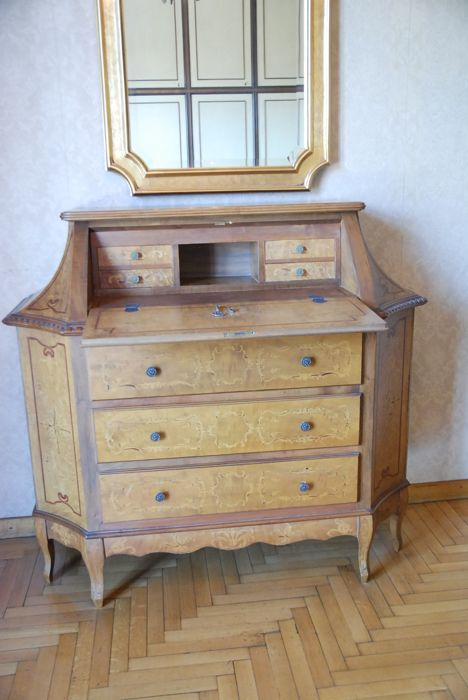 dresser cabinet inlaid with flap - Wood