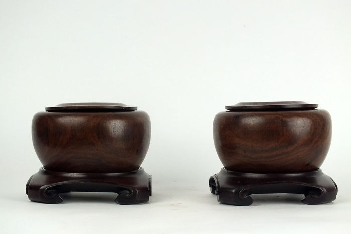 Weiqi Boxes (2) - Bois de Huanghuali - A Pair of Huanghuali Weiqi Containers and Cover - Chine - Dynastie Qing (1644–1911)