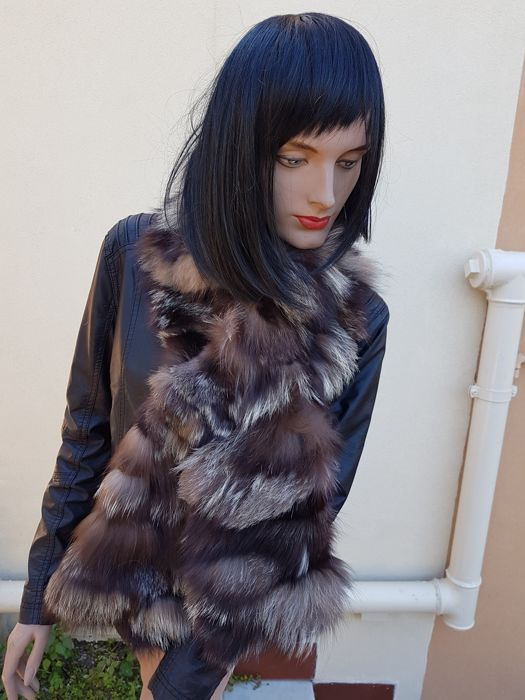 G. & M. FURS   (made in italy) Sjaal