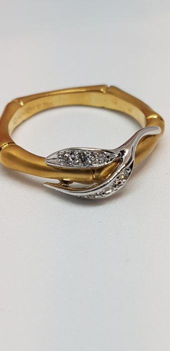 Carrera y Carrera - 18 kt. White gold, Yellow gold - Ring Diamond - Diamonds
