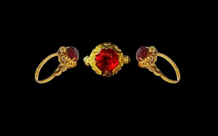 Rare antique Egyptian  18 kt.gold - Ring - 5.00 ct Zircon