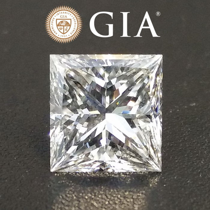 Diamante - 2.01 ct - Princesa - G - VVS2