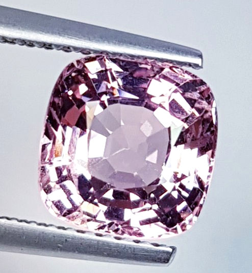 Pink Spinel - 3.04 ct