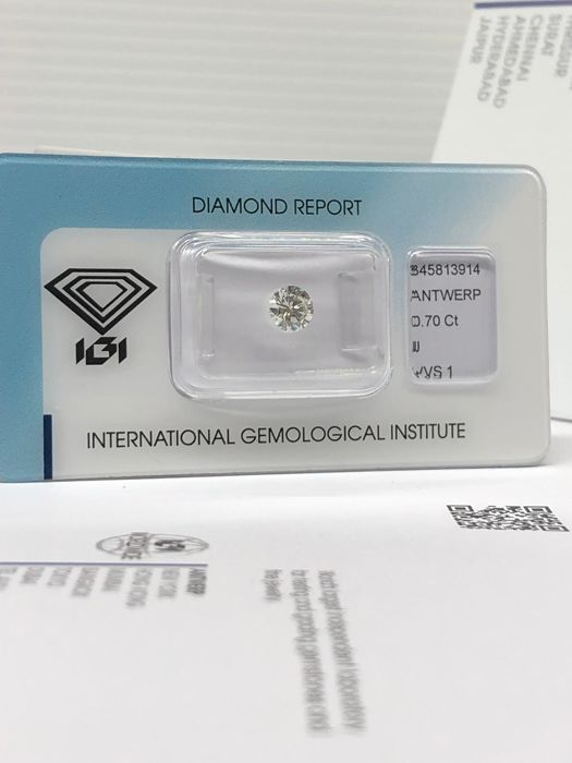 1 pcs Diamant - 0.70 ct - Brilliant - J - VVS1