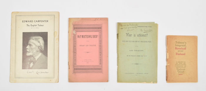 Used, [Socialisme/ anarchisme/ communisme]- Lot met 4 werken door of m.b.t. Lev Tolstoj - 1892/1932 for sale  London