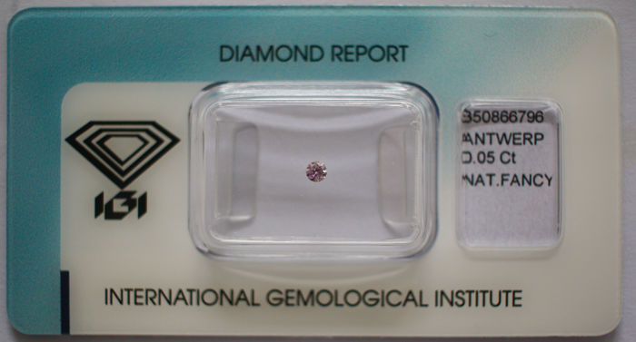 1 pcs Diamant - 0.05 ct - Briljant - fancy purplish pink - Not mentioned on the certificate