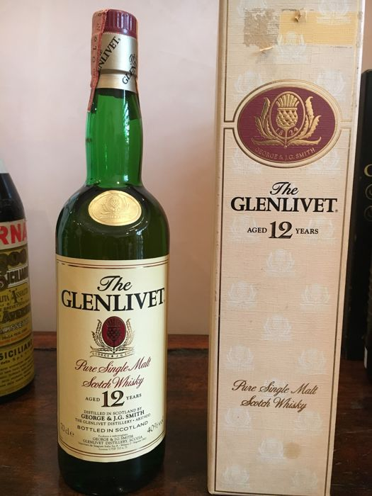 Glenlivet 12 years old - Original bottling - b. 1990s - 70cl