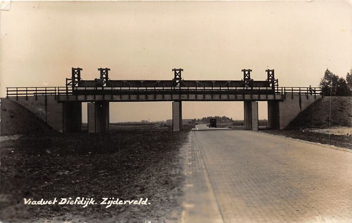 South Holland with beautiful street scenes and photo cards ... 019387e2e6