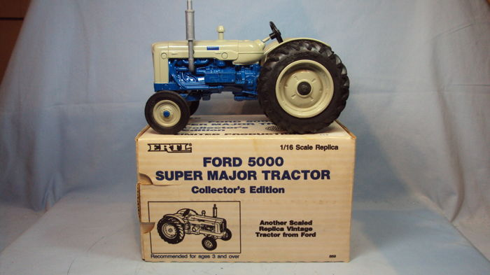 Ertl - 1:16 - Ford 5000 Super Major - Limited Edition