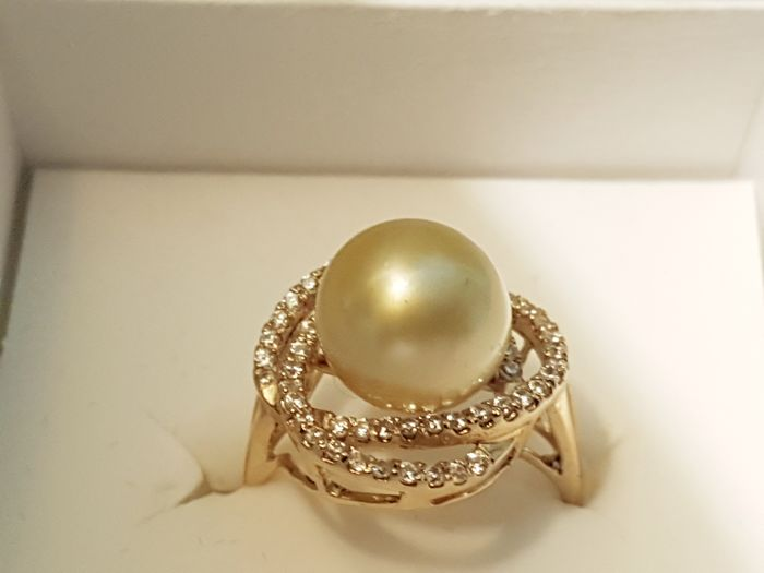 14 kt. - Ring - Diamond