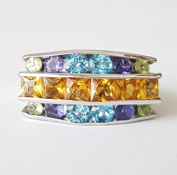 12.32 gr - 18 kt. White gold - Ring - 5.10 ct Citrine - Amethysts, Peridots, Topazs