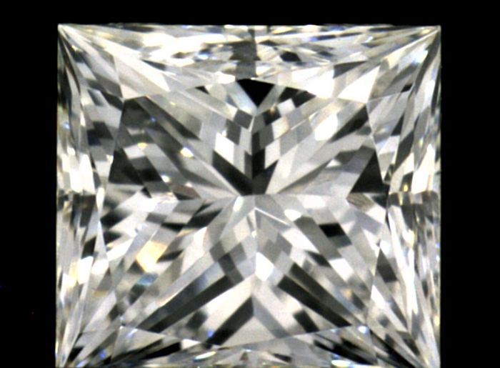 Diamant - 0.71 ct - Princesse - F - IGI Antwerp - No Reseve Price, VVS2