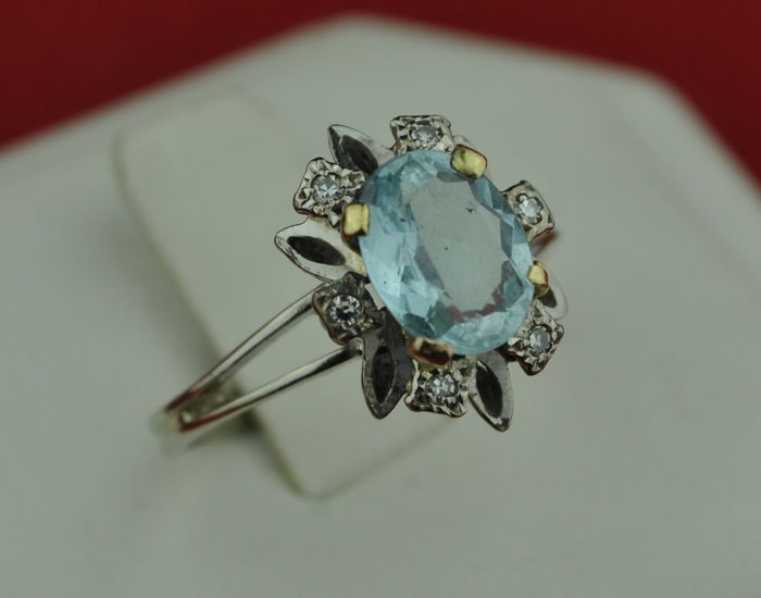 Authentic Antique - 18 karaat Witgoud - Ring Aqua Marine - Diamanten