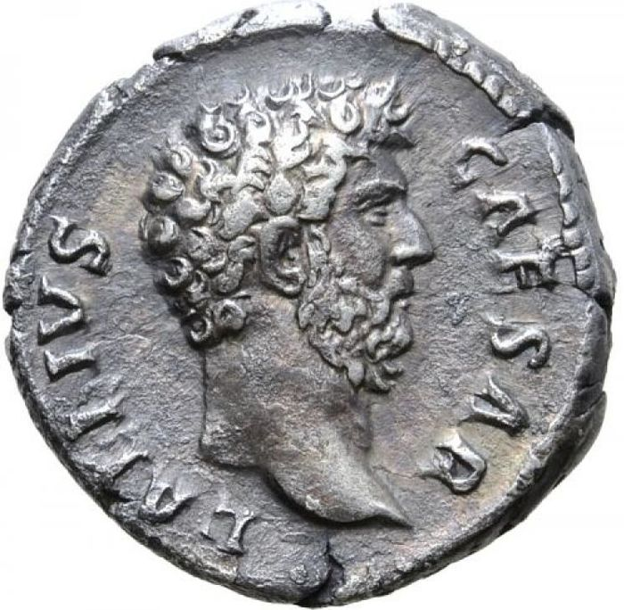 Empire romain - Denarius  -Aelius, as Caesar (adopted son of Hadrian), Rome mint, 137 A.D. TR POT COS II. CONCORD - Argent